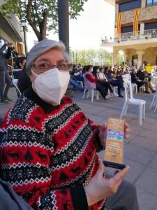 La Júlia recull el premi del Concurs de Punts de Llibre.