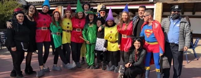 La festa de Carnaval és una de les celebracions que no deixem passar al Rusc. El divendres vam dedicar el dia a disfressar-nos d'allò que havíem estat preparant durant les […]