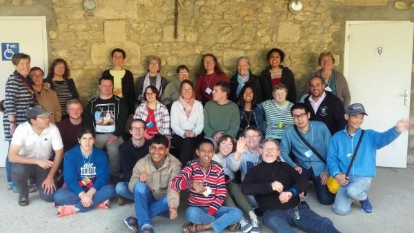 Foto de família amb la resta de Comunitats participants